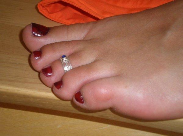 """Une serie de jolie petons ( Toe Ring ) du Blog de """"petonssplendides"""" 8"""