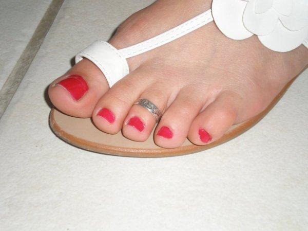 """Une serie de jolie petons ( Toe Ring ) du Blog de """"petonssplendides"""" 11"""