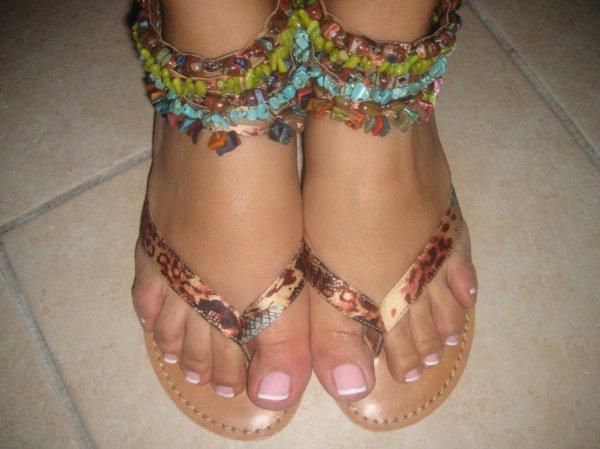 Jolies pieds de mon amie minOucha-life♥ ,que j'adore particulièrement 4