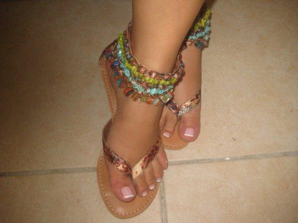 Jolies pieds de mon amie minOucha-life♥ ,que j'adore particulièrement 2