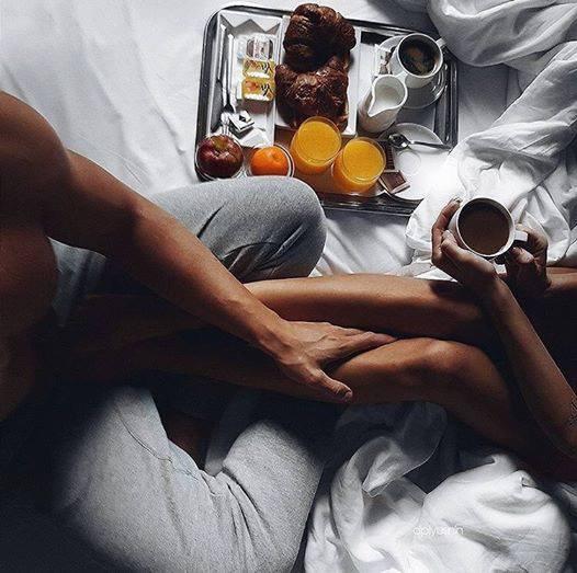 Le sens le plus beau est le matin prendre le petit déjeuner avec les goûts du c½ur