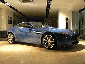 l'Aston Martin V8 Vantage