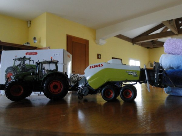 mon fendt 939 vario avec press claas quadrant 3400
