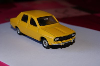 RENAULT 12 DINKY TOYS