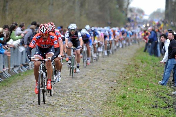 Paris-Roubaix 2010 : La course raconté par Fabian Cancellara (Vélo Magazines N474)