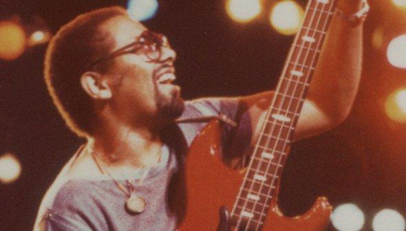 Le célèbre bassiste (et ami) de Michael (et de Quincy Jones) depuis Off the wall est décédé hier dans la nuit.