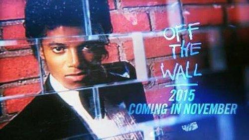 La sortie de l'album anniversaire Off The Wall est reportée à une date ultérieure. Sony ne donne aucune information sur les raisons de cette annulation de dernier moment et fait savoir que l'album s'intitulera 'Off The Wall 2015' au lieu de 'Off the wall 35th'