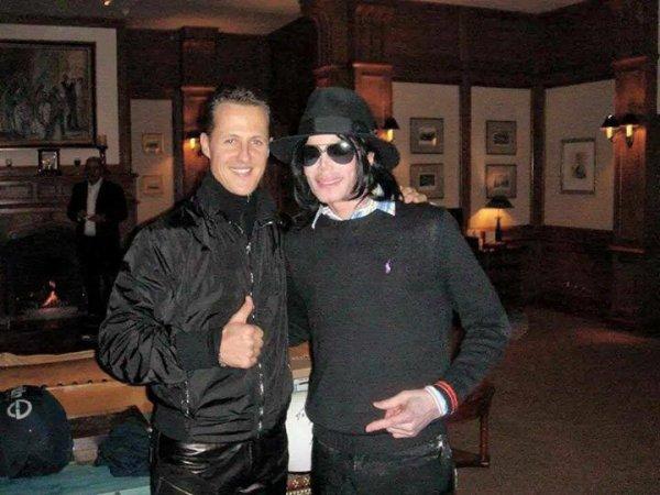 Michael Schumacher et Michael Jackson (à Dubaï en 2007)