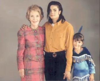 Nancy Reagan est décédée