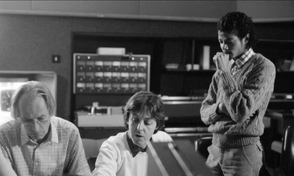 Paul McCartney et Michael Jackson en studio