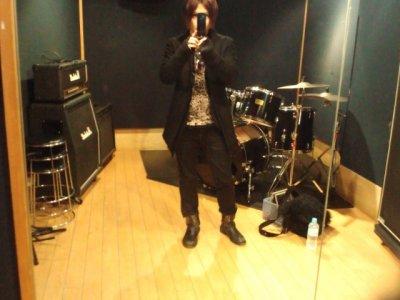 Liste des chansons des Killerpize. Bonus : images de Miku + le fait que j'en sois au 101ème article.