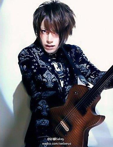 Images d'Hiroto, de Shou et de Ruki+ Préview de Fake de ViViD.