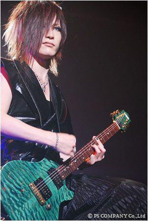 Images de the GazettE, suite.