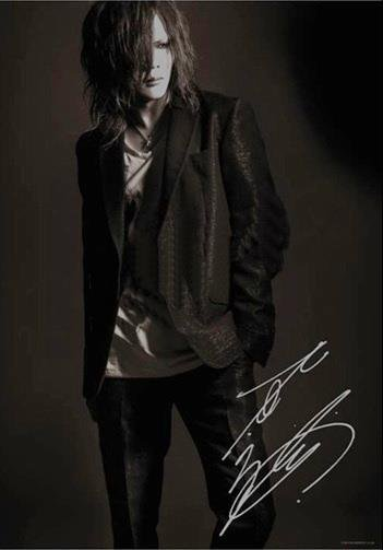 Golden Bomber : Dance My Generation, PV !!!+ infos sur Tora d'Alice + Images de The GazettE et d'An Cafe.