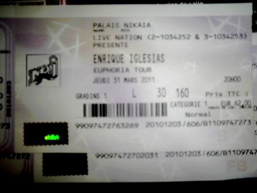 Enrique Iglesias ... Il arrive en France en 2011
