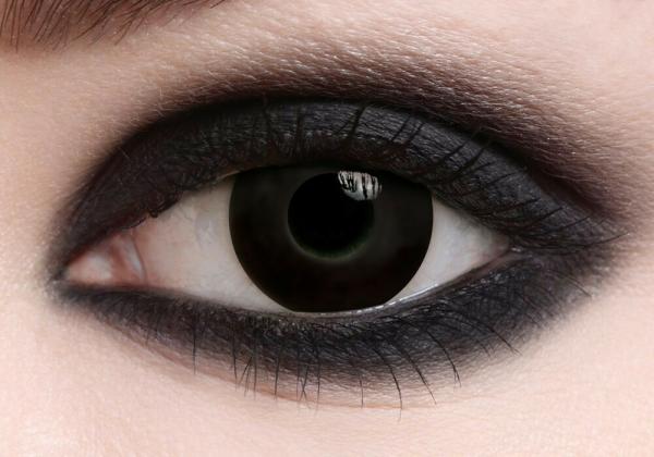 Damaris' real eyes