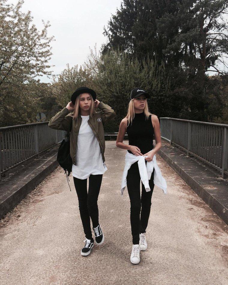 Les jumelles