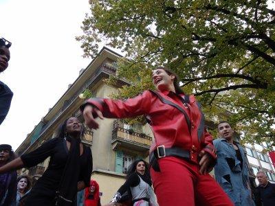♫  Michael Jackson ♫  Thrill the World in Geneva ♫