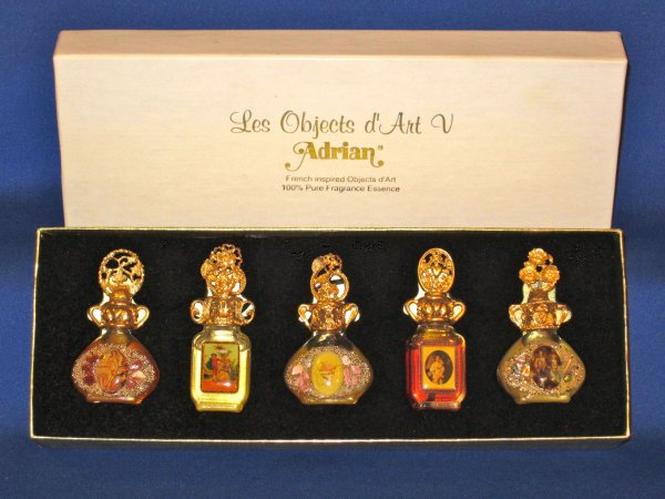 ✿   Adrian Designs  -  LES OBJTS D'ART - minis-pendentifs ✿