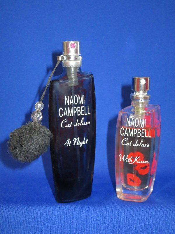 ✿ Campbell Naomi - AT NIGHT et WITH KISSES - vapos de sac ✿