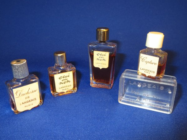 ✿ Langeais -  diverses fragrances ✿