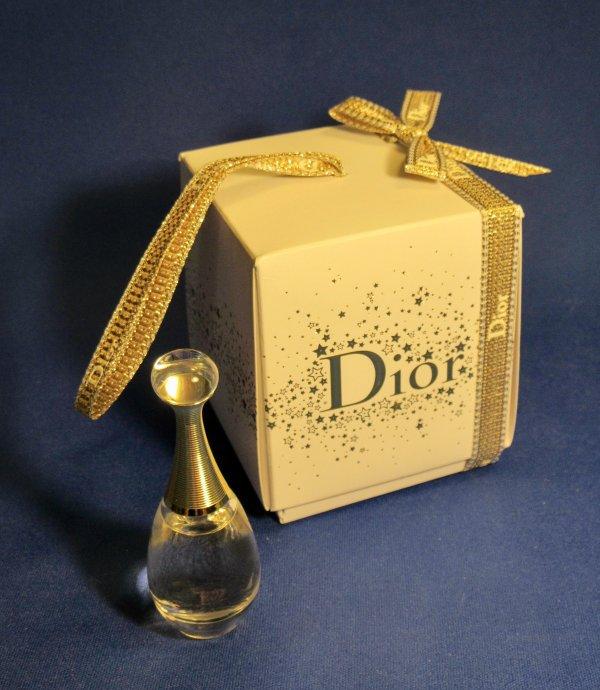 ✿ Dior Christian - J'ADORE - version Noël 2015 ✿