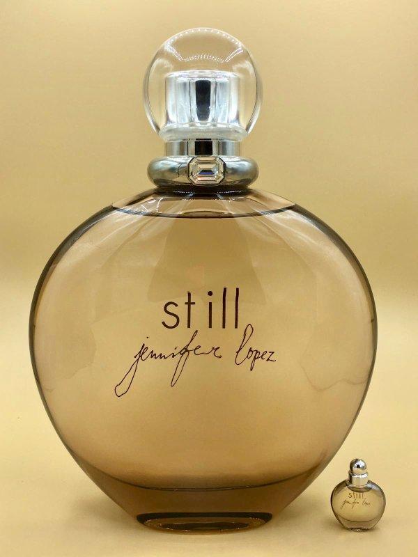 ✿ Lopez Jennifer - STILL - Factice géant et sa mini ✿