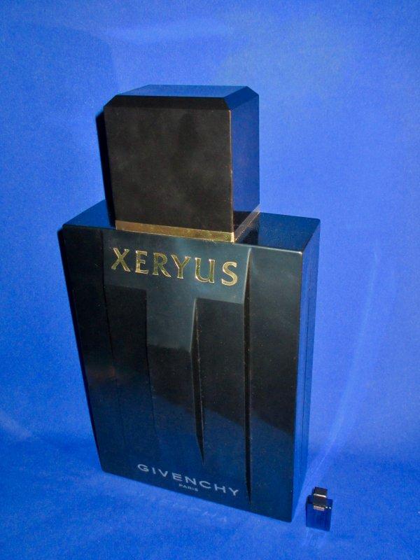 ✿ Givenchy - XERYUS - Factice géant et sa mini ✿