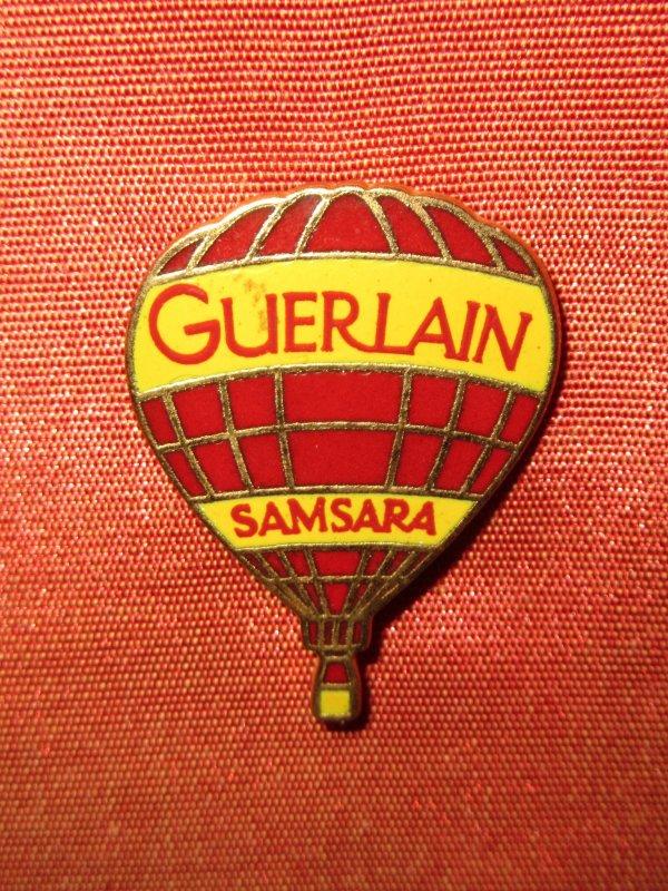 ✿ Guerlain - pin's ✿