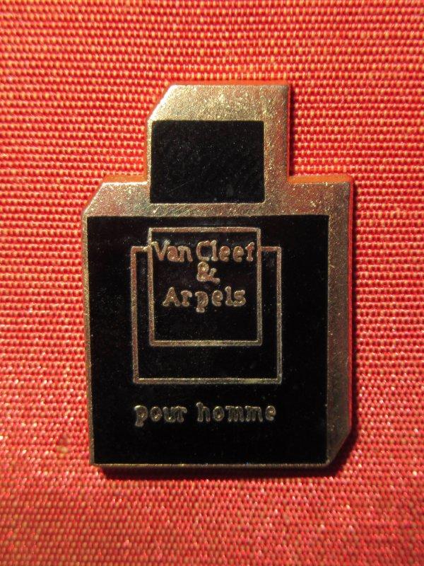 ✿ Van Cleef & Arpels - pin's ✿