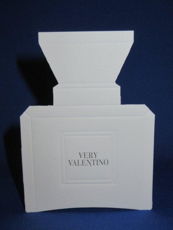 💌  Valentino  💌  carte parfumée  💌
