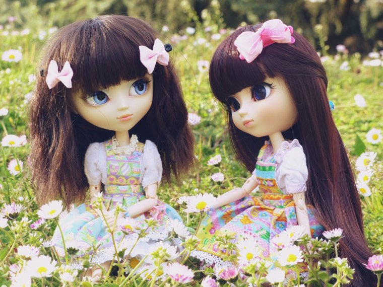 Yonna & Miyuki - Spring