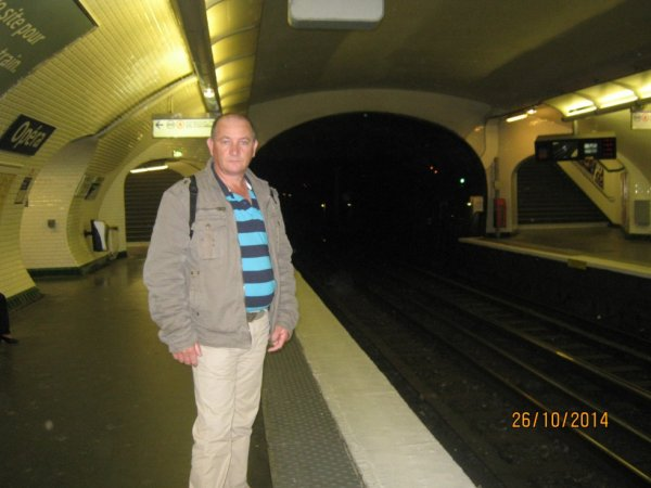 dans le metro paris