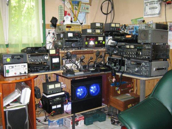shack radio de 173vl001 op bernard