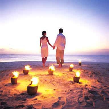 L'homme et la femme sont comme les deux faces d'une médaille, ils ne peuvent pas se voir, mais ils restent ensemble