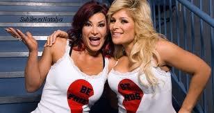 WWE Victoria/TNA Tara & Natalya