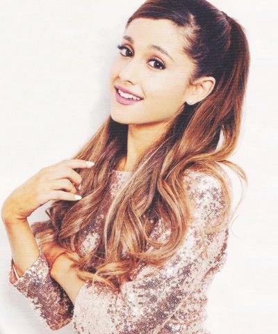 Fiche stars n°3-Ariana Grande