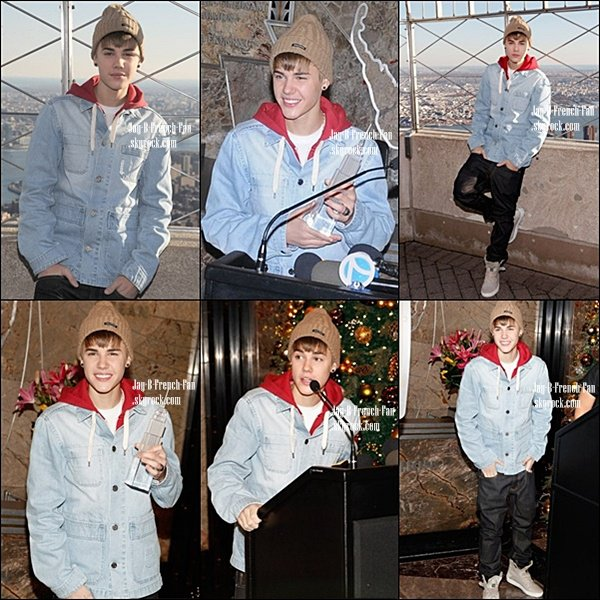 . APPARITION-Le 18 novembre, Justin s'est rendu à la radio Sirius XM pour une interview puis, il est allé visité une fois de plus l'Empire State Building à New York.  .