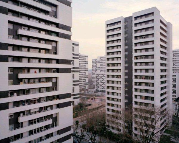 Les banlieues.