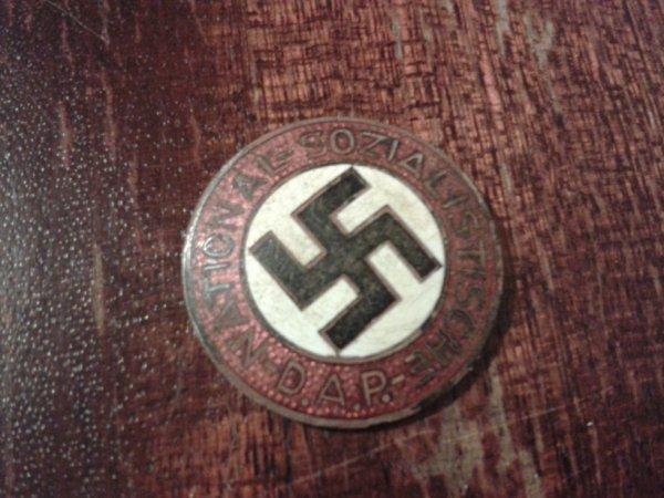 badge du parti NSDAP