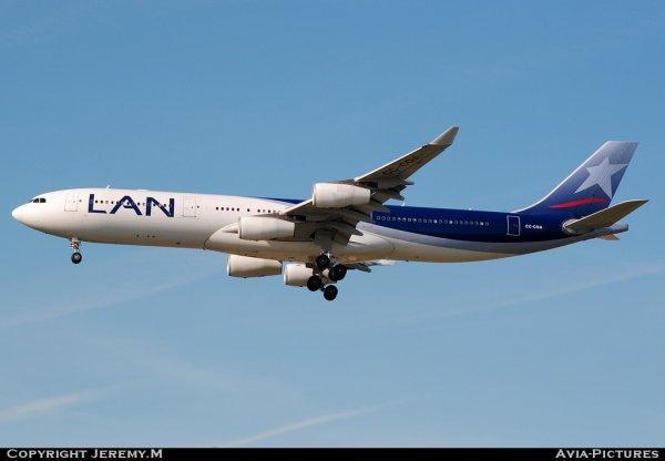 CC-CQA 359 A340-313X LAN Chile