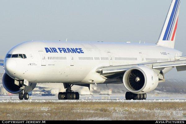 F-GSQE 32851/492 B777-328/ER Air France