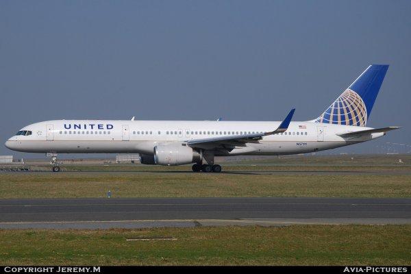 N57111 27301/652 B757-224 United (Continental)