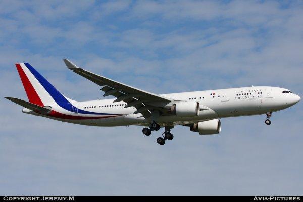 F-RARF 240 A330-223 République Française