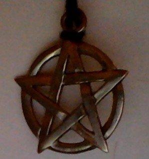 Pentacles et pantagrammes