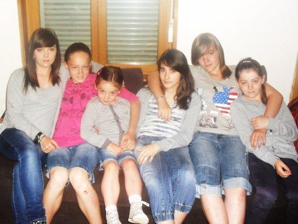 Moi & mes 5 petites soeur Chérie ♥. La fierté d'une grande Soeur ♥. Les plus belles ♥.