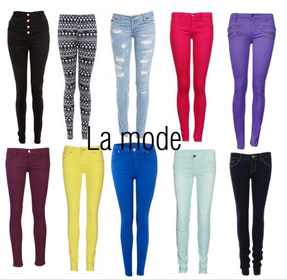 Pantalons colorés.