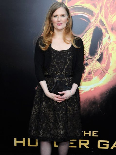 Suzanne Collins parle de la campagne marketing de Lionsgate pour L'Embrasement