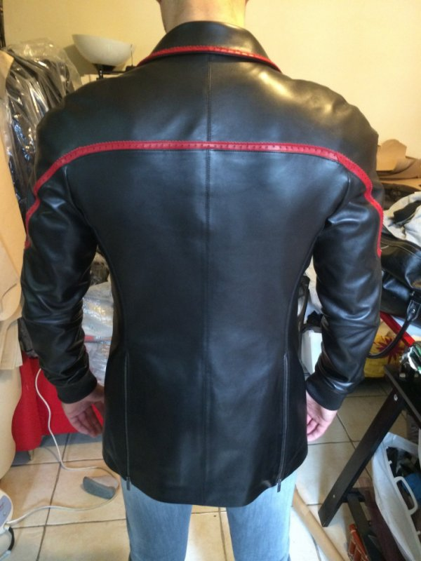 veste smoking wazal en preparation pour la collection 2014/2015 2500 euros www.wazalshop.com
