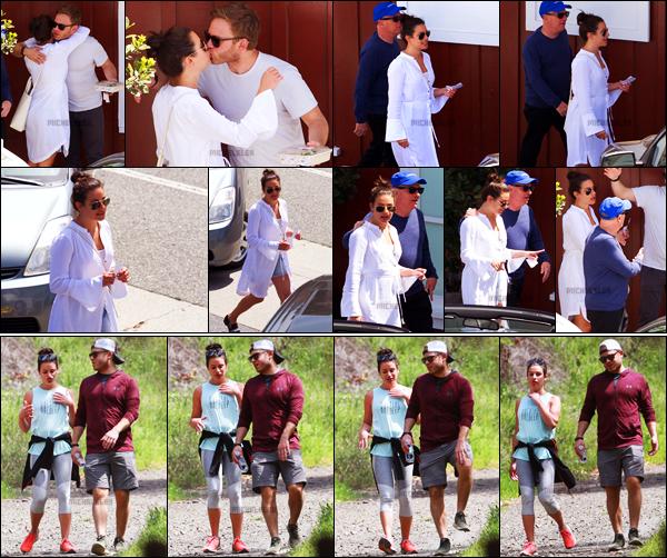 . 08/04/2018 : Lea Michele, son papa et son chéri ont été photographiés quittant un restaurant[/font ] dans Brentwood. Après ce déjeuner en ville, Lea et les deux hommes de sa vie ont été aperçus faisant une randonnée dans les hauteurs de Los Angeles.   .